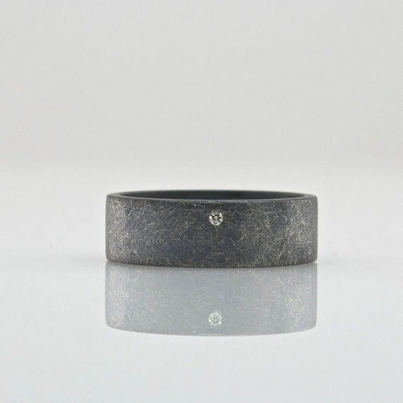6 mm oxidized rough finish ring with diamond