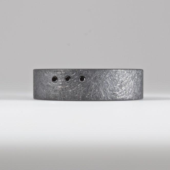 black diamond wide ring