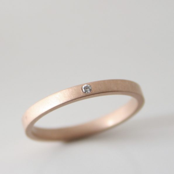 rose gold ring with diamond