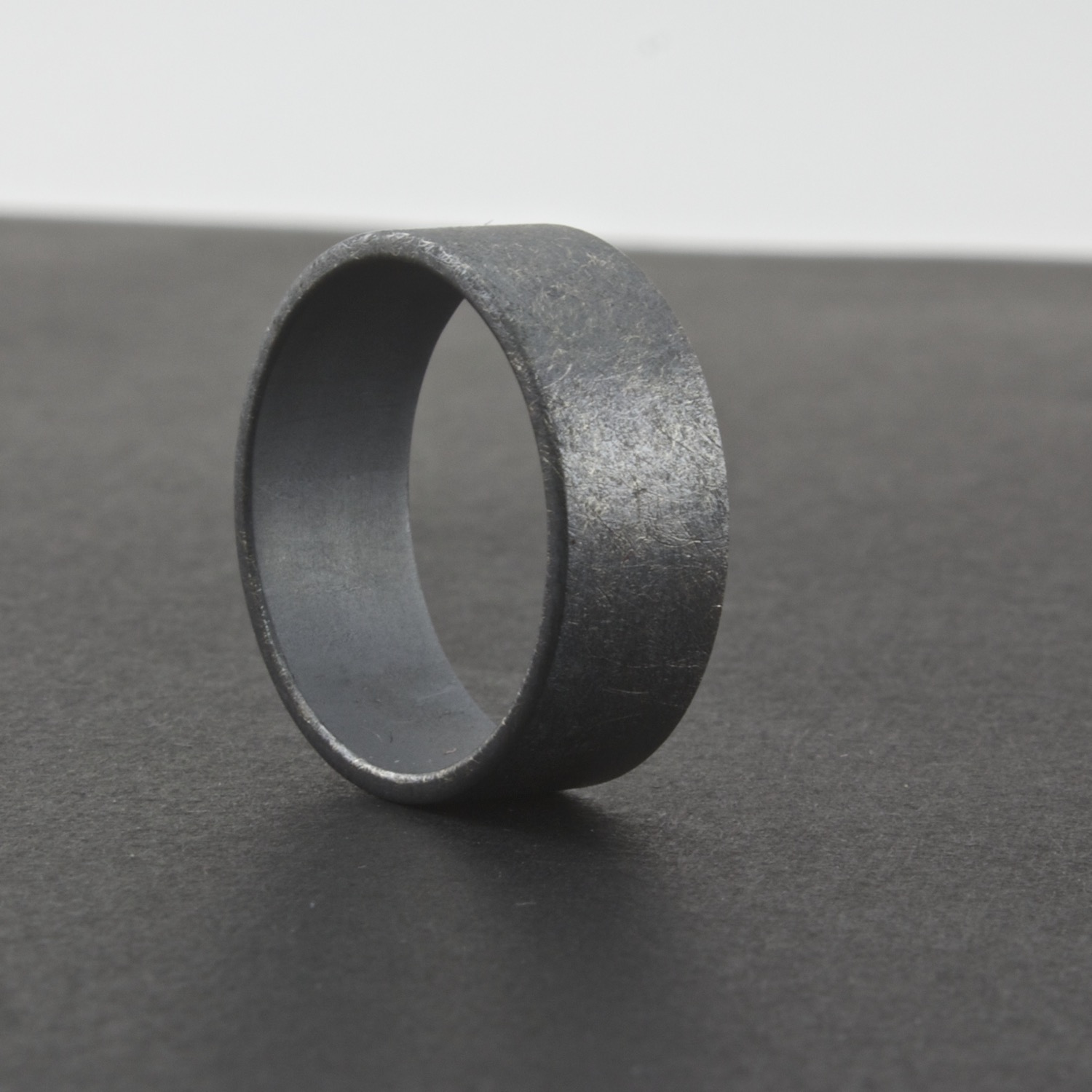 rings steel class black band ring stainless spinner