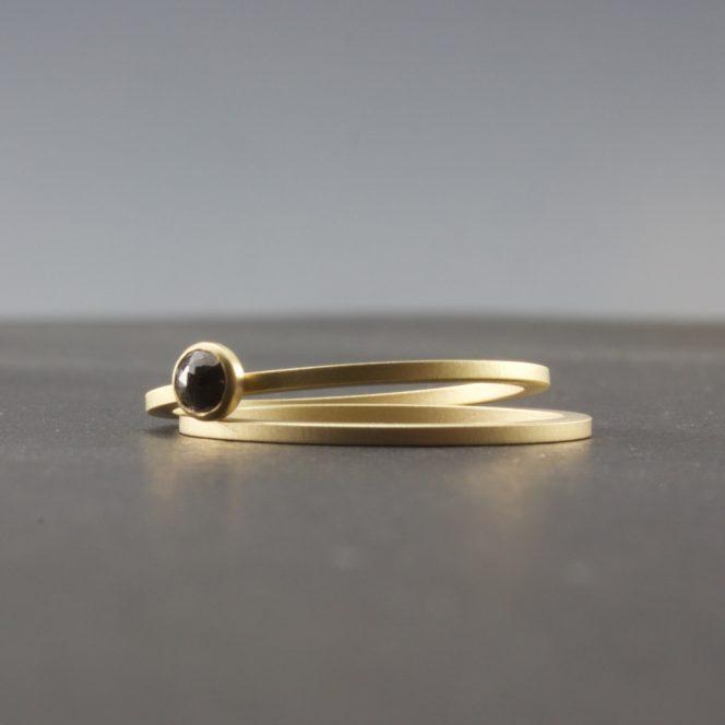 black diamond gold rings