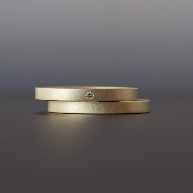 handmade diamond ring set 18k