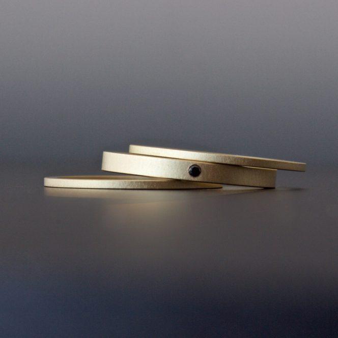 minimalist contemporary wedding rings